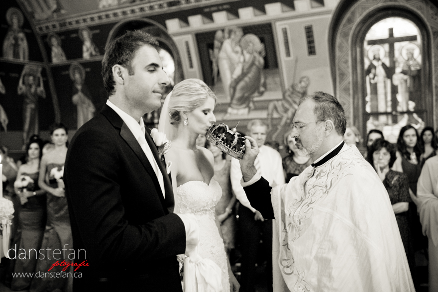Hamilton Wedding Photography 23 2 Wedding : Ivana & Miroslav : Dundurn Castle Hamilton